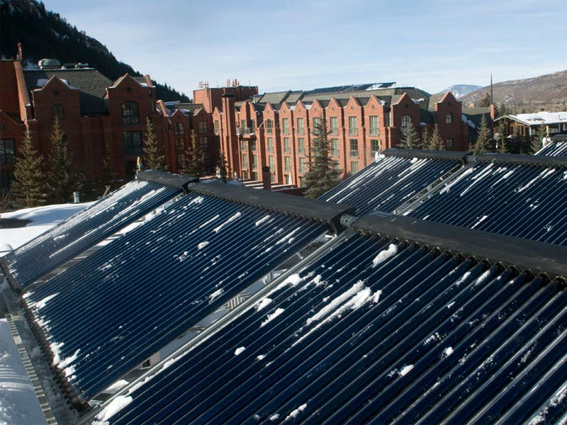 SunMaxx Solar Installs Solar Thermal System at Grand Hyatt Hotel