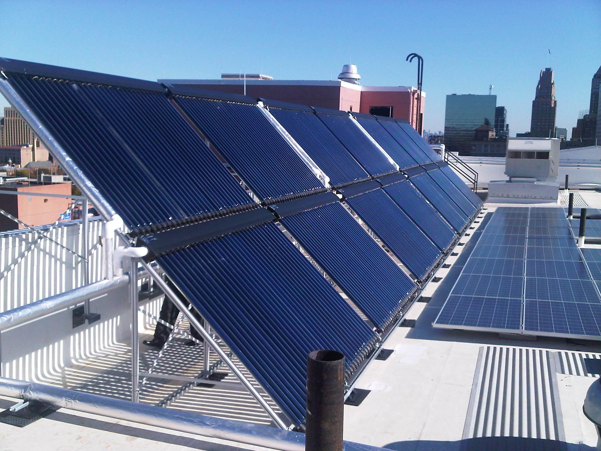 New Jersey Institute of Technology Goes Green with SunMaxx Solar